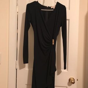 Perfect -  Michael Kors navy wrap dress